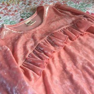 Arizona Jean Company Shirts & Tops - Arizona Pink Crushed Velvet Blouse 7/8